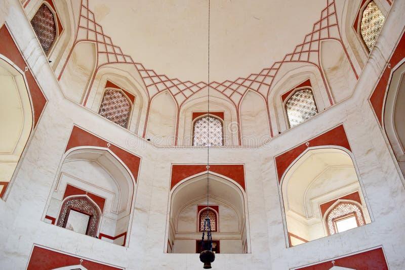 Interno della tomba di Humayun fotografia stock