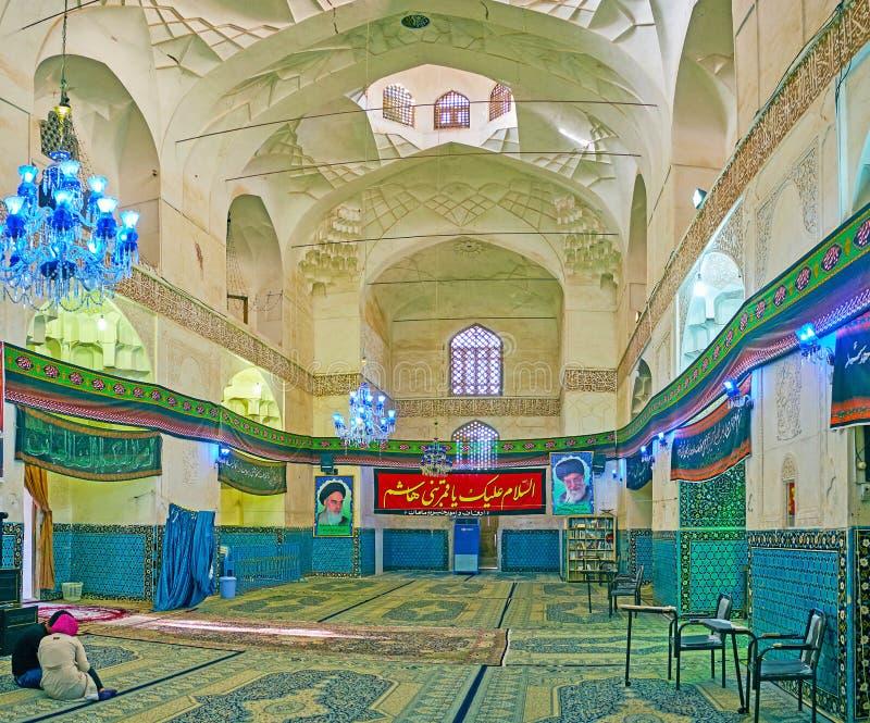 Interno dello scià Nematollah Vali Shrine, Mahan, Iran fotografia stock libera da diritti
