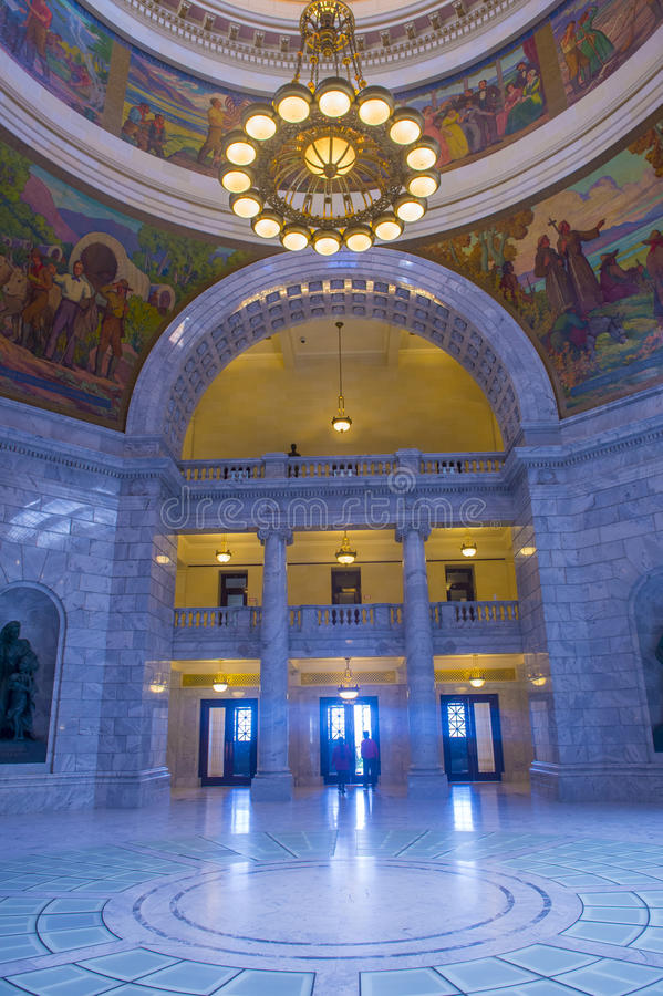 Interno di costruzione del Campidoglio dello stato dell'Utah immagini stock libere da diritti