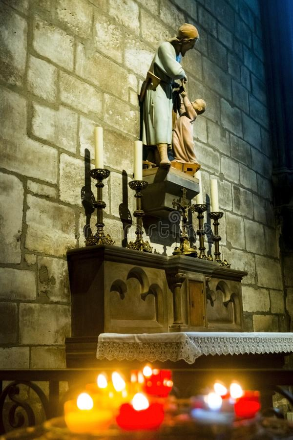 Interno di Notre Dame fotografia stock