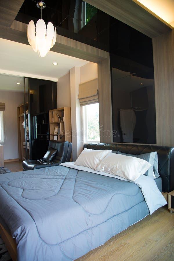 Interno di stanza moderna o della stanza del letto camera for Stanza da pranzo moderna