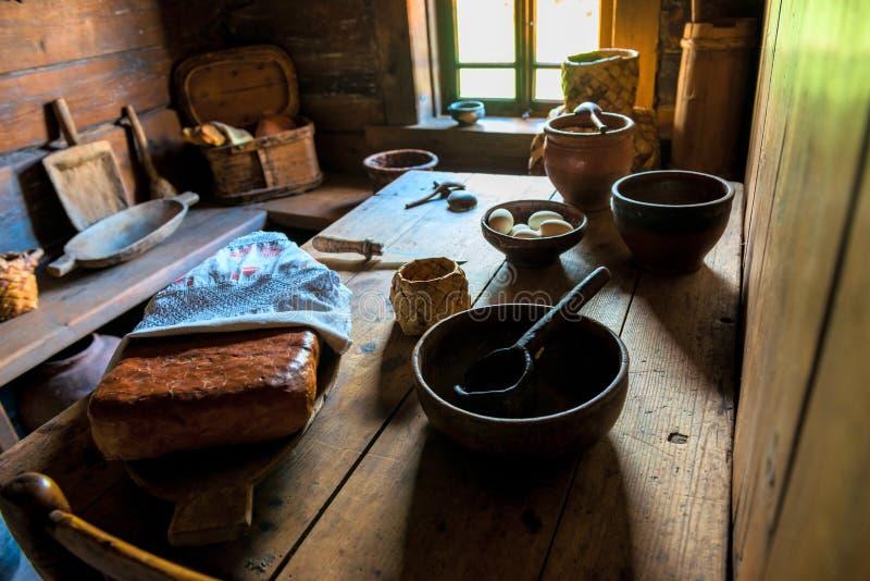Interno domestico della cucina nei medio evo fotografia stock
