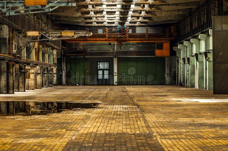 Interno industriale di una fabbrica immagini stock