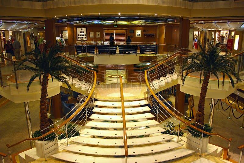 Interno su una nave da crociera fotografia editoriale for Cabina interna su una nave da crociera