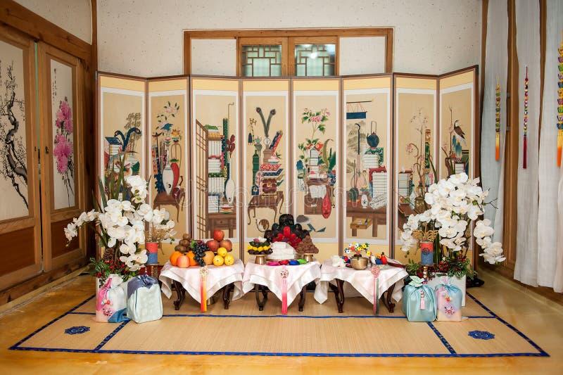 Interno tradizionale coreano di prima, stanza del partito immagini stock libere da diritti