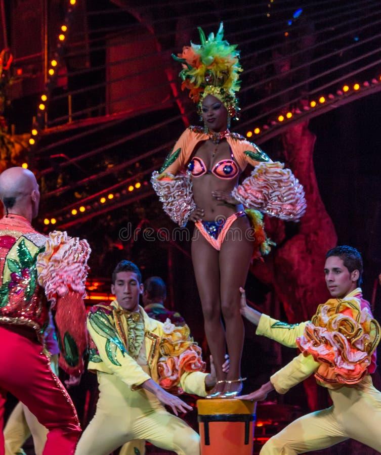Interprète de cabaret cubain images stock
