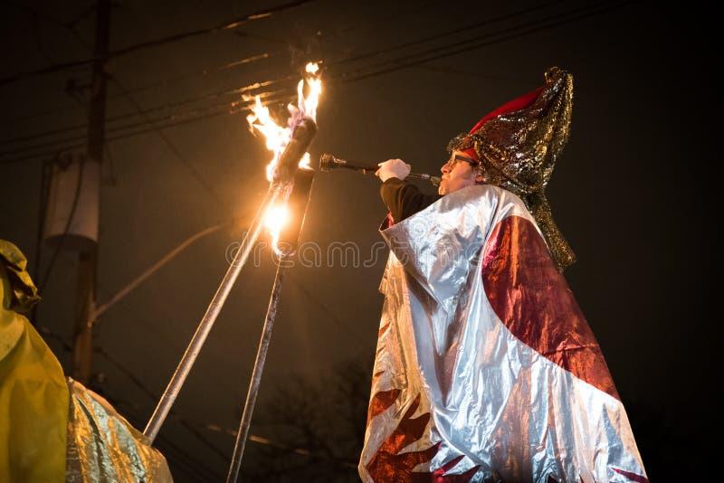 Interprète de défilé de solstice de Toronto photographie stock