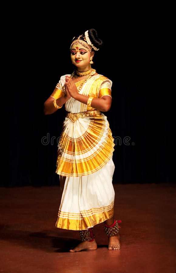 Interprète de Mohinyattam (danse de l'enchanteresse) images libres de droits