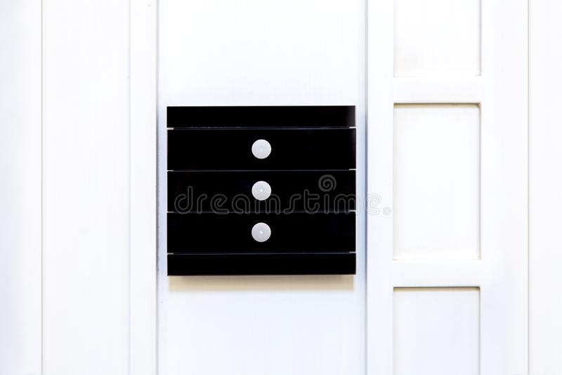 Interruptor da luz multifuncional de vidro preto foto de stock