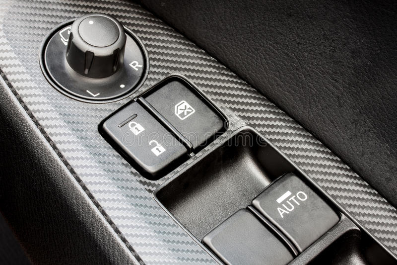 Interruptor de controle moderno da janela de carro fotos de stock