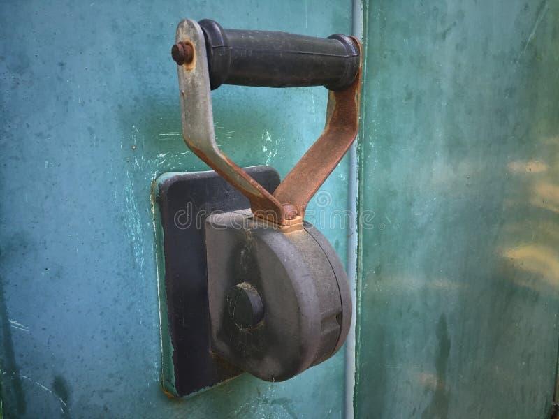 Interruptor de faca bonde velho grande para a conexão manual dos consumidores imagem de stock royalty free