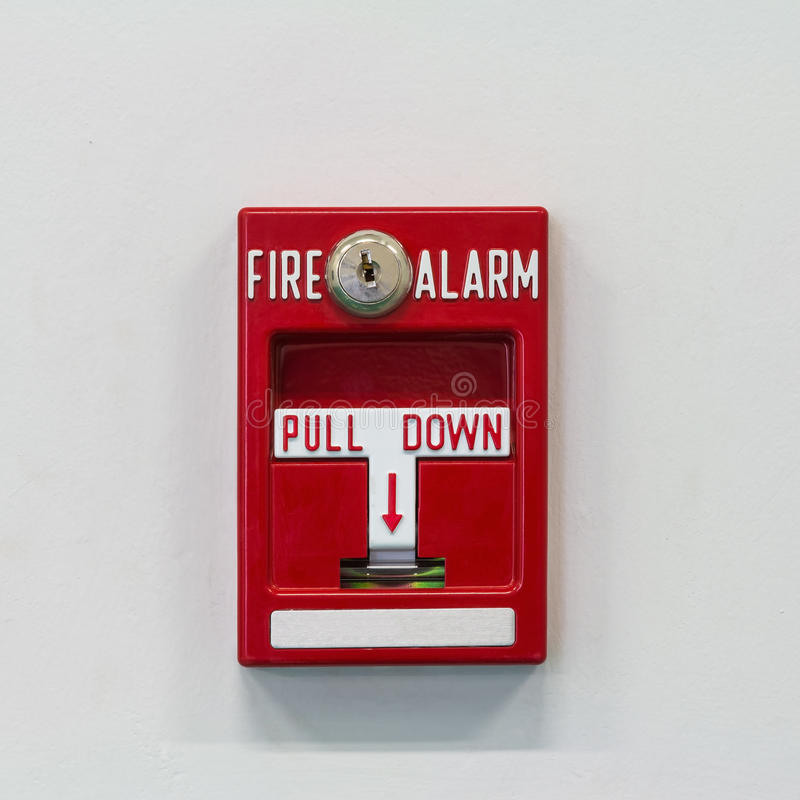 Interruptor de tirón la alarma de incendio fotos de archivo