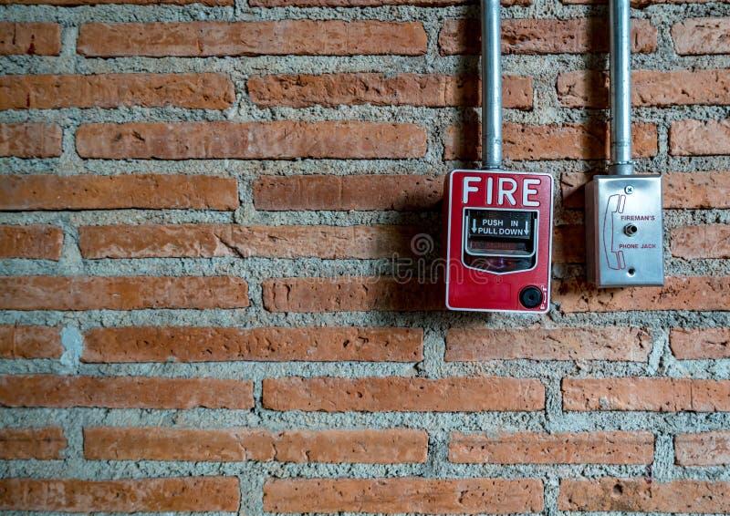 Interruptor do fogo vermelho imagem de stock royalty free