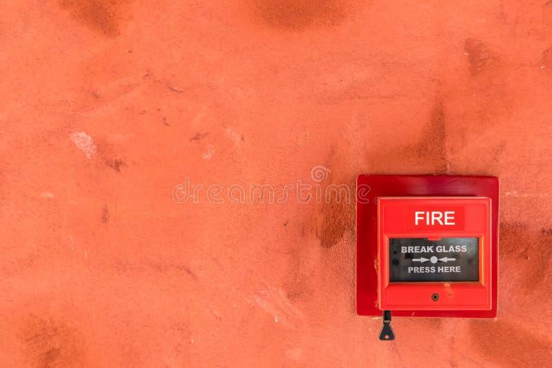 Interruptor do fogo vermelho fotografia de stock royalty free