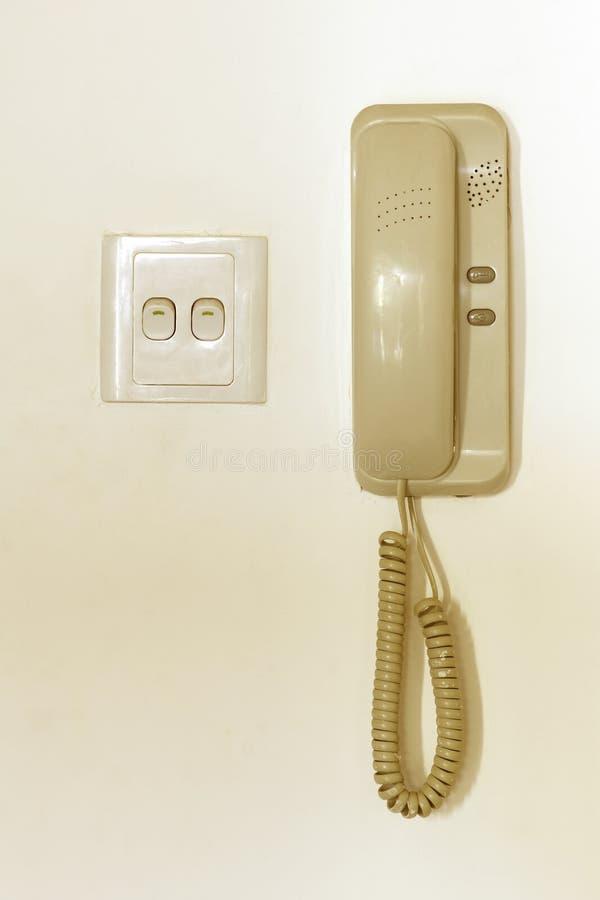 Download Interruptor e telefone imagem de stock. Imagem de chave - 16864013