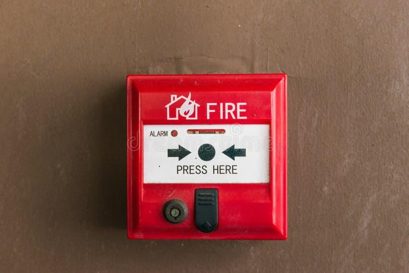 Interruptor la alarma de incendio fotos de archivo