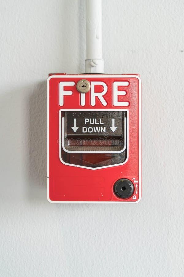Interruptor la alarma de incendio imágenes de archivo libres de regalías
