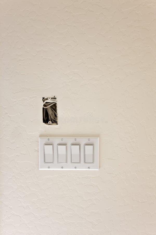 Interruptores ligeros en la nueva construcción imagenes de archivo