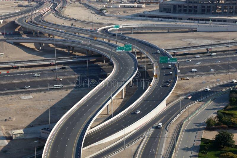 Interseção da estrada em Dubai imagem de stock