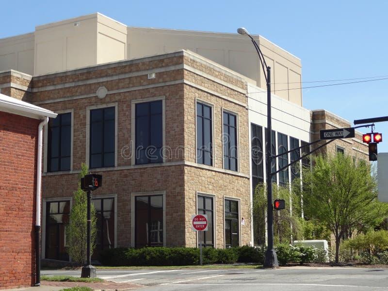Intersección céntrica en Winston-Salem, Carolina del Norte fotos de archivo