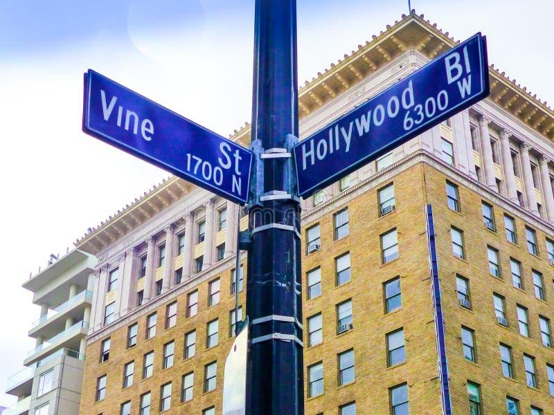 Intersección histórica famosa de Hollywood Boulevard y de la vid, California fotos de archivo libres de regalías