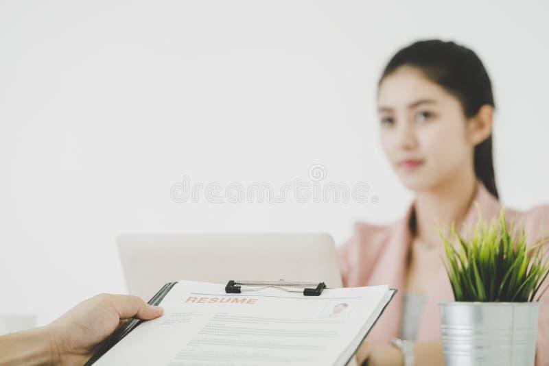 Interview der kommerziellen Aufgabe für Karriereeinstellungskonzept stockbilder