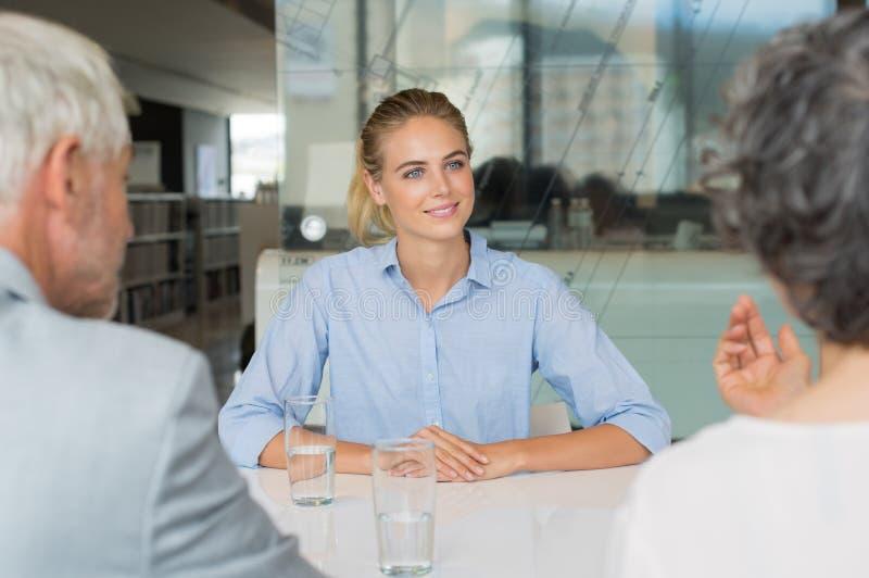 Intervista di assunzione di lavoro immagine stock