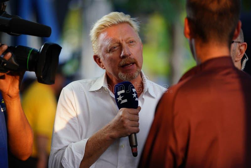Intervista di comportamenti di Grand Slam Champion Boris Becker dell'analista di Eurosport durante l'US Open 2018 immagine stock libera da diritti