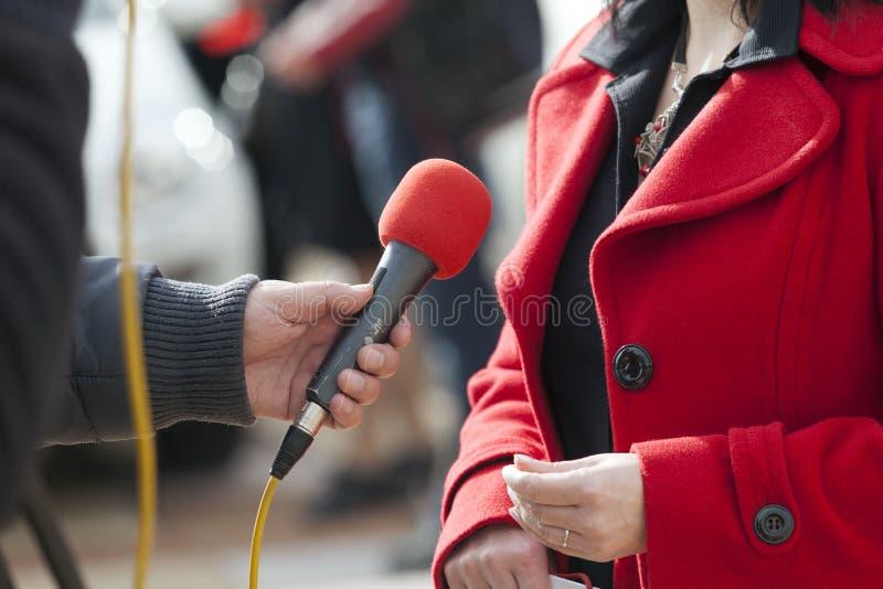 Intervista di media immagine stock