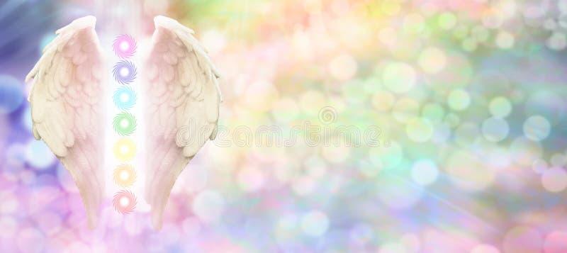 Intestazione del sito Web di Reiki Angel Wings e di sette Chakras fotografia stock
