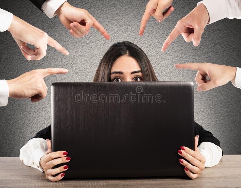 Intimidatie op het Web stock foto's
