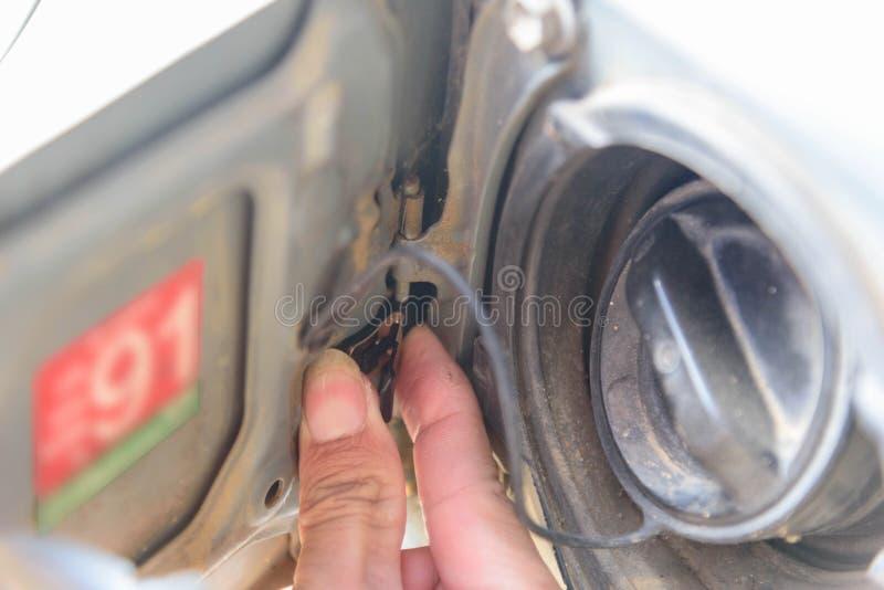 Introduza o combustível do Assy da mola para o carro imagem de stock
