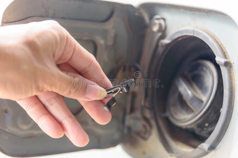 Introduza o combustível do Assy da mola para o carro imagens de stock royalty free