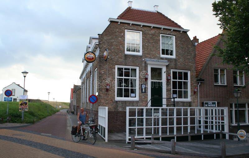 Intryck av den holländska byn Colijnsplaat royaltyfria foton
