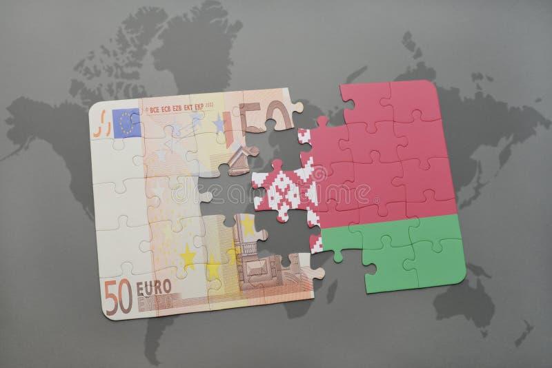 intryguje z flaga państowowa Belarus i euro banknot na światowej mapy tle ilustracji