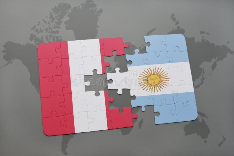 intryguje z flaga państowowa Peru i Argentina na światowej mapy tle royalty ilustracja
