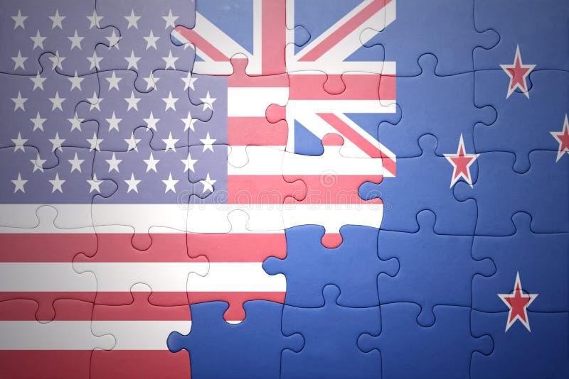 Intryguje z flaga państowowa zlani stany America i nowy Zealand fotografia royalty free