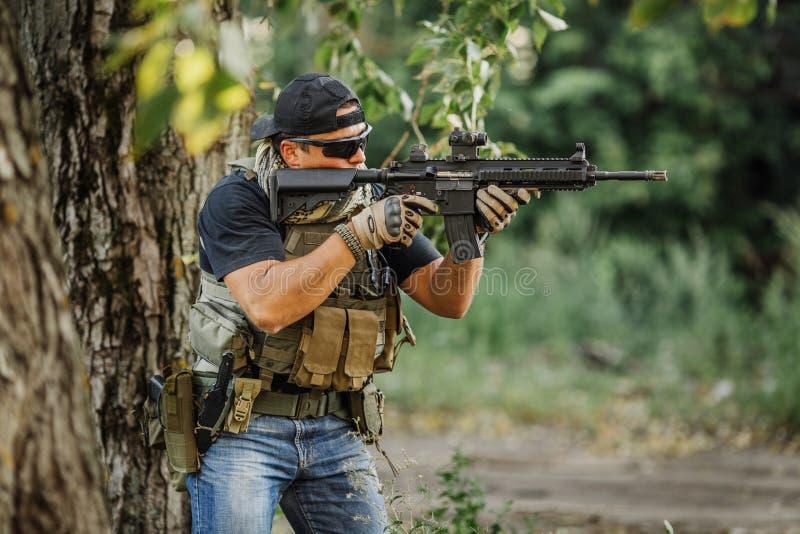 Intymny Militarny kontrahent podczas specjalnej operaci zdjęcie royalty free