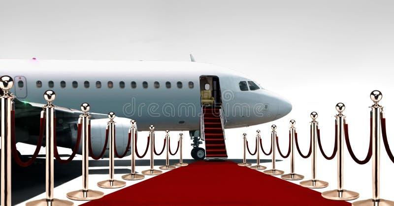 Intymny samolotowy abordaż na czerwonym chodniku obrazy stock