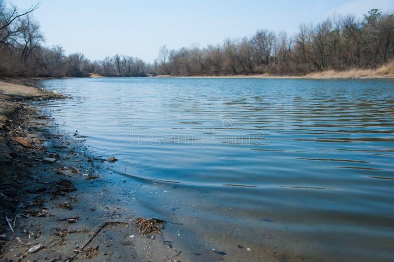 Inundação de Sprin no rio imagem de stock