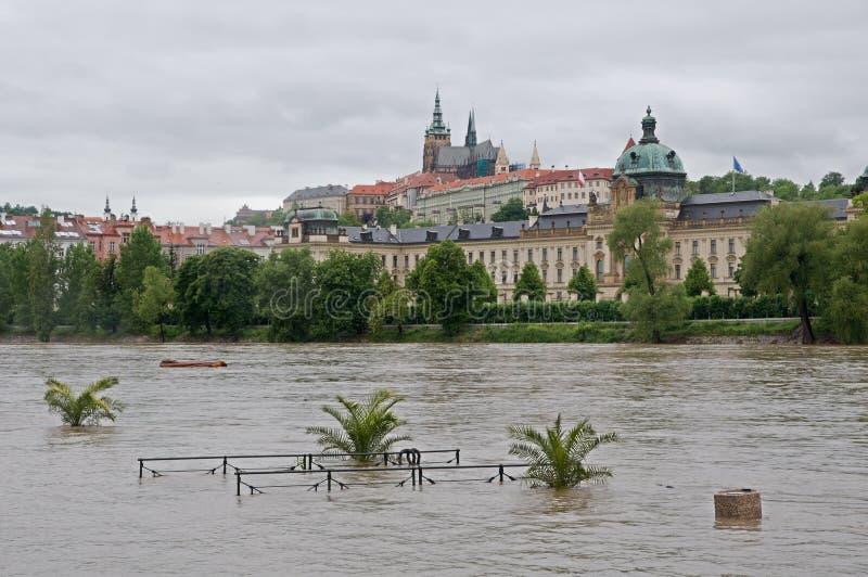 Inundação em Praga foto de stock royalty free