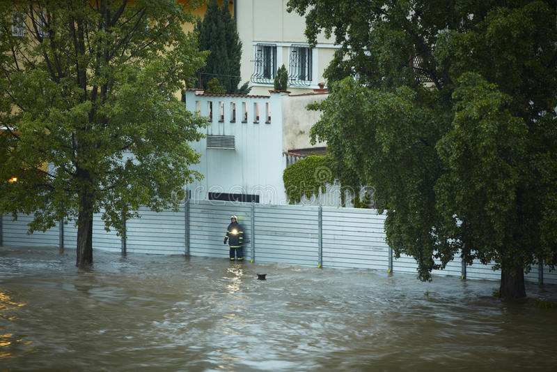 Inundação em Praga imagens de stock royalty free