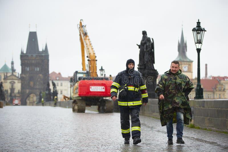 Inundação em Praga foto de stock