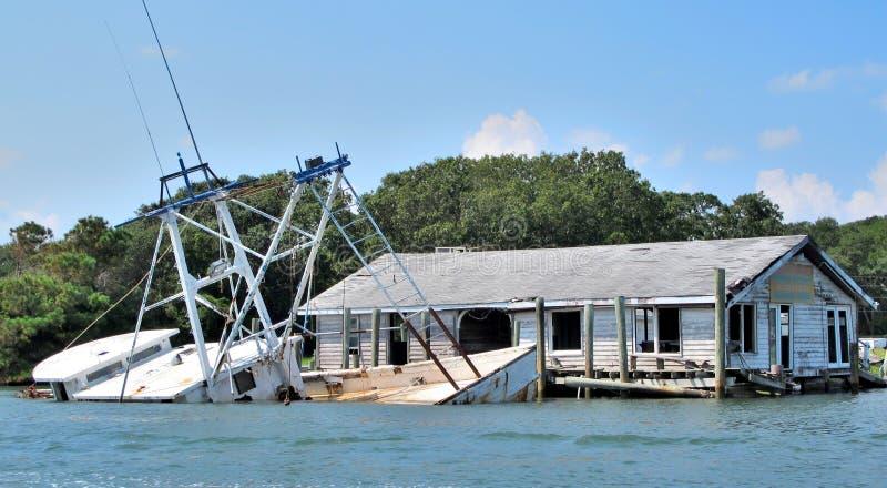 Inundação litoral maciça