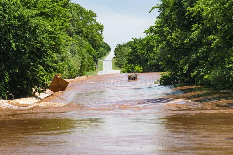Inundação perigosa após tempestades midwestern imagens de stock