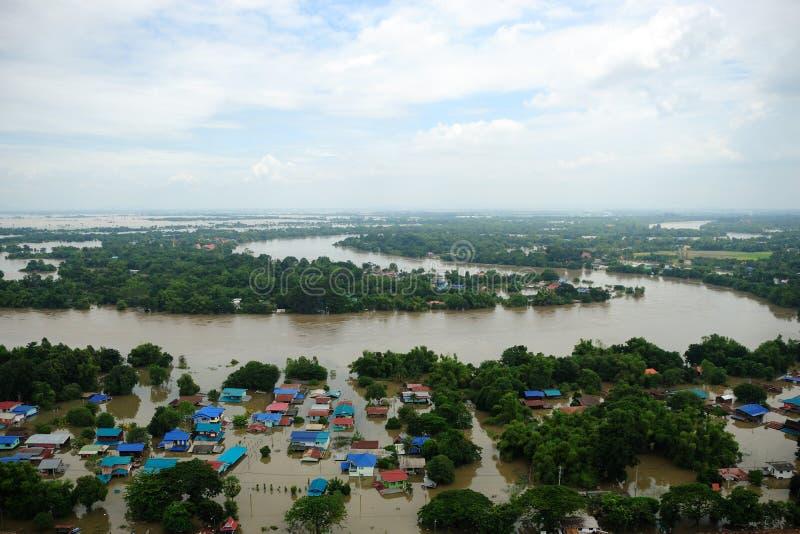 Inundações de Tailândia, catástrofe natural, imagens de stock
