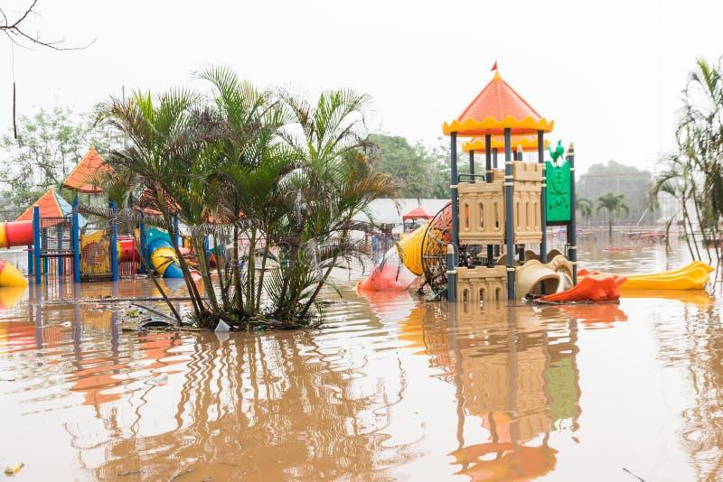 Inundación del patio foto de archivo libre de regalías