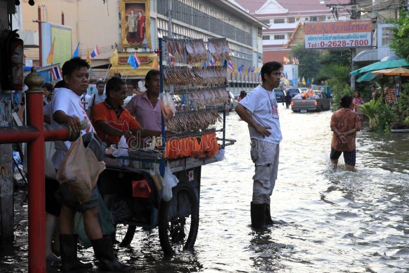 Inundando em Banguecoque, Tailândia fotografia de stock royalty free