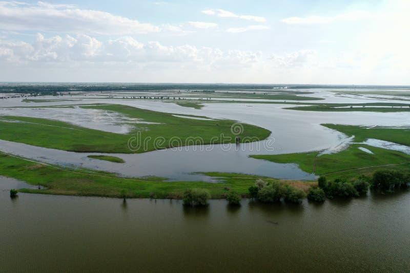 Inundando no delta de Volga, Rússia imagem de stock royalty free