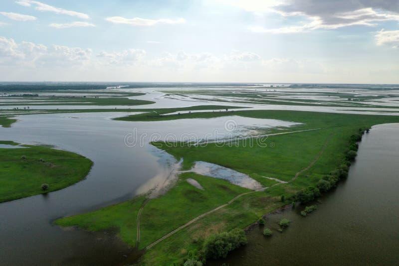 Inundando no delta de Volga, Rússia imagens de stock royalty free